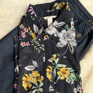Sz 10 Saks Fifth Ave Denim skirt